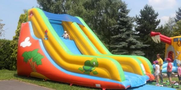 structure gonflable slide